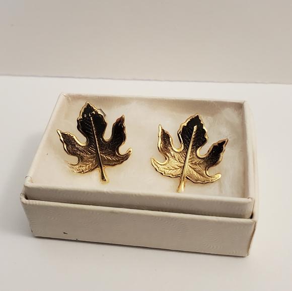 Vintage leaf earrings - Fall accessories
